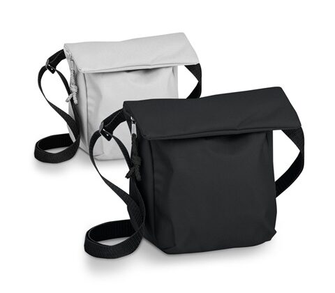 SHANNON. Polyester pouch in 600D